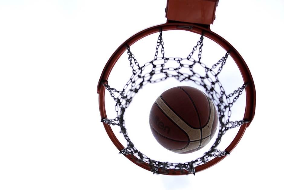 košarka, lopta, košarkaška, koš, obruč