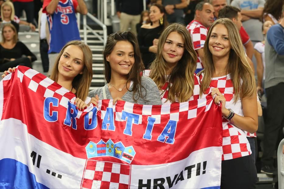 Hrvatska navijačice