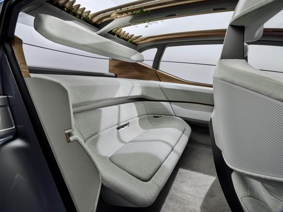 Audi počinje da gaji biljke u automobilima (FOTO)