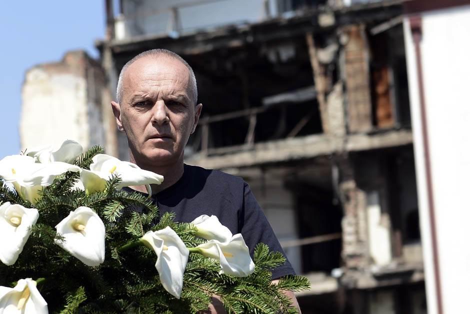 Bombama na TV program: Dve decenije NATO udara na RTS
