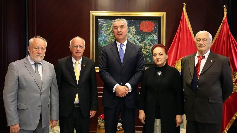 Milo Đukanović, predstavnici SUBNOR-a