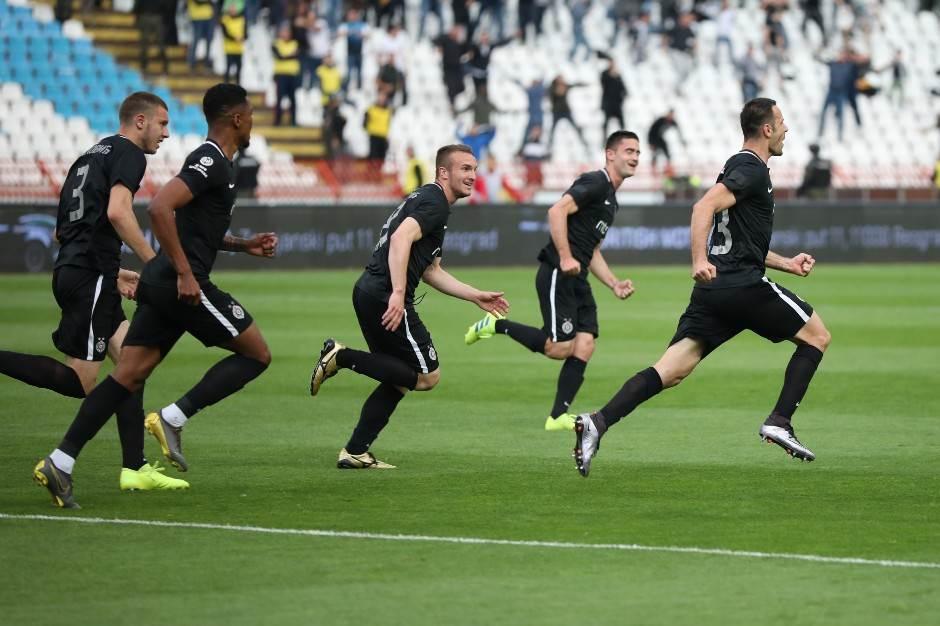 "Partizan osvojio Kup na ""Rajku Mitiću""!"