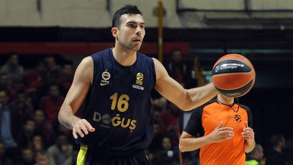 Kostas Slukas, Slukas