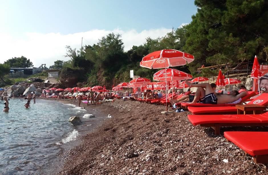 Opasan šut u plićaku Crvene plaže! (FOTO, VIDEO)