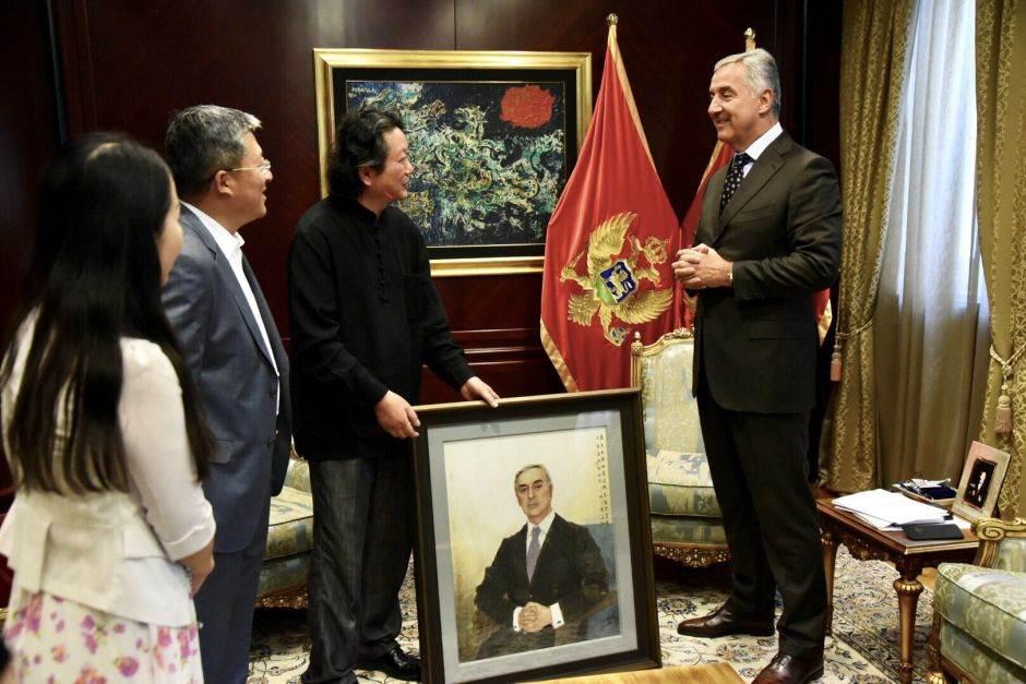 Milo Đukanović, delegacija Nacionalne akademija slikartstva Kine