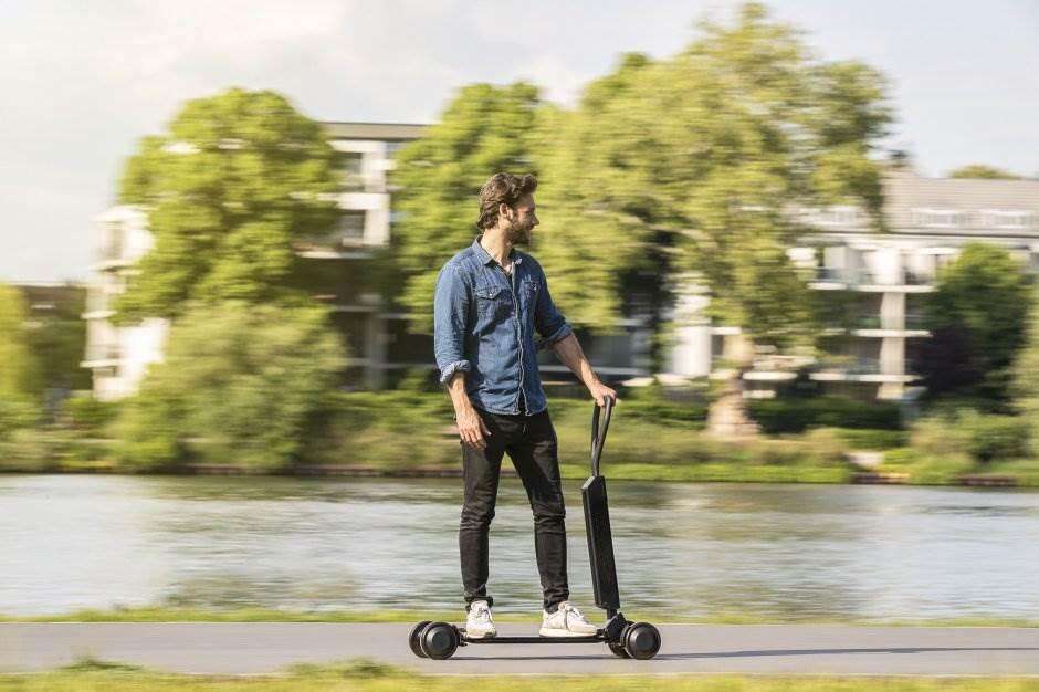 audi e-tron scooter, električni trotinet