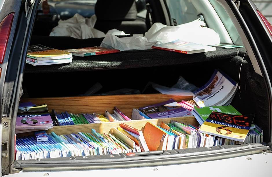 Ukoliko ih uhvate na delu, pripadnici komunalne policije imaju pravo da zaplene sve knjige iz gepeka.