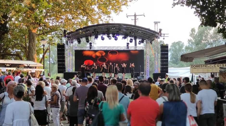 Zora Festival grožđa Virpazar