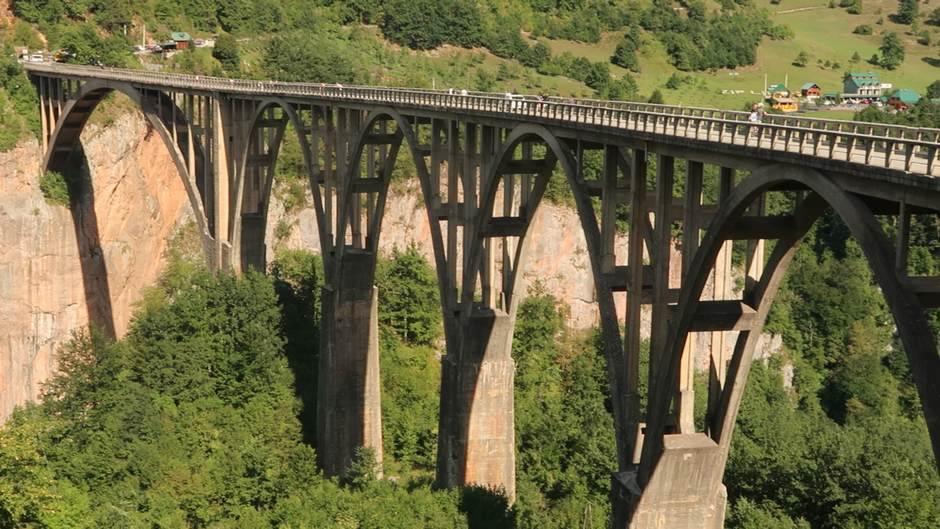 most na Tari, Tara, most