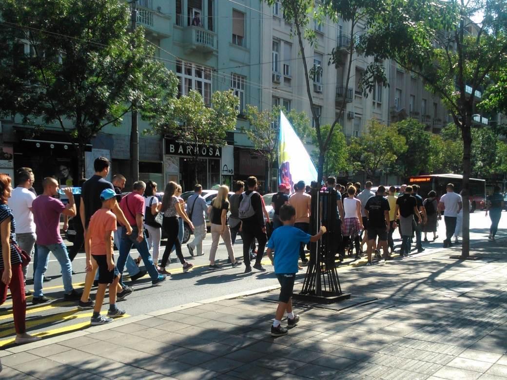 Žandarmerija sprečila desničare da odu na Prajd