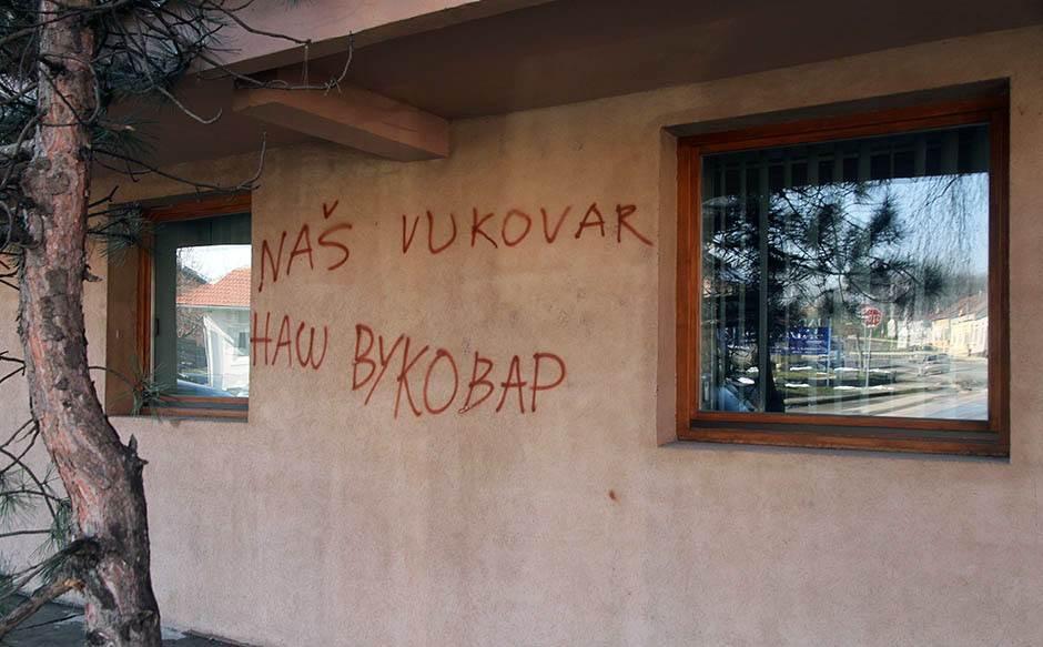 """Srbija da prizna agresiju i da se pokaje"""