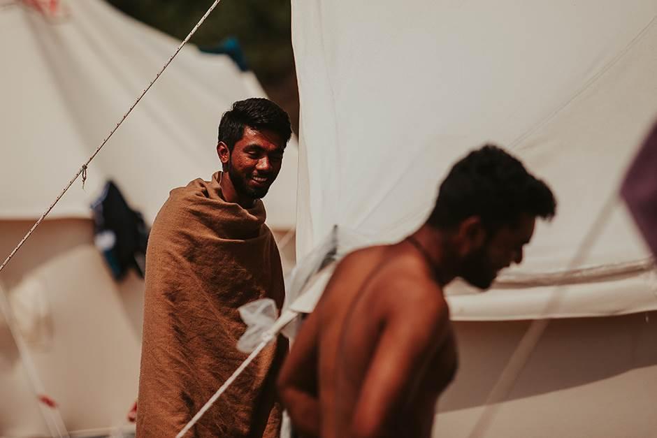 "Grčka ""muku muči"": Migranti samo naviru"