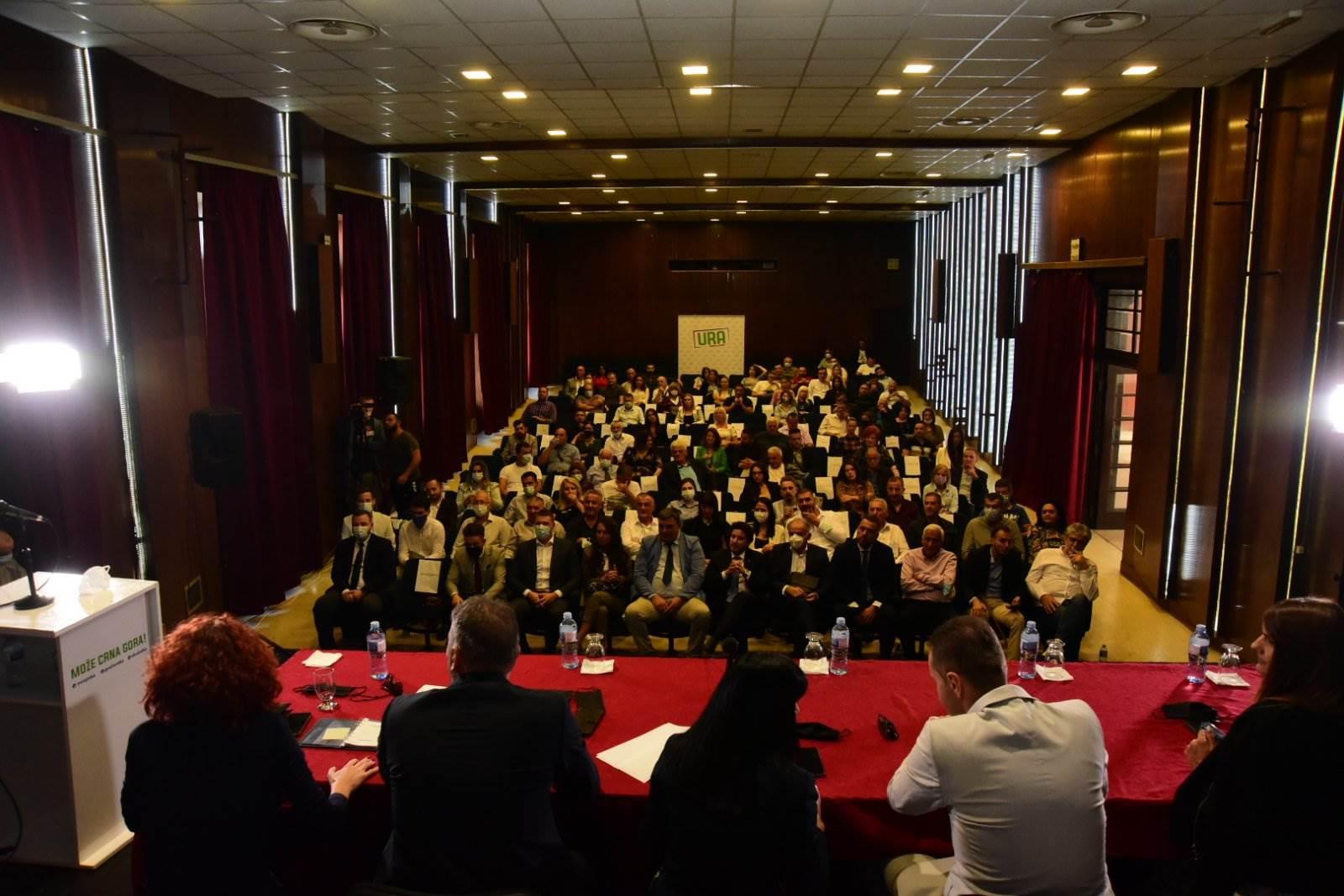 Sa izborne konvencije DG URA