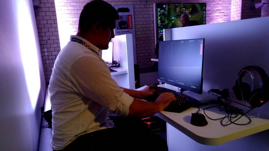 Računari i oprema za gejmere višeg nivoa