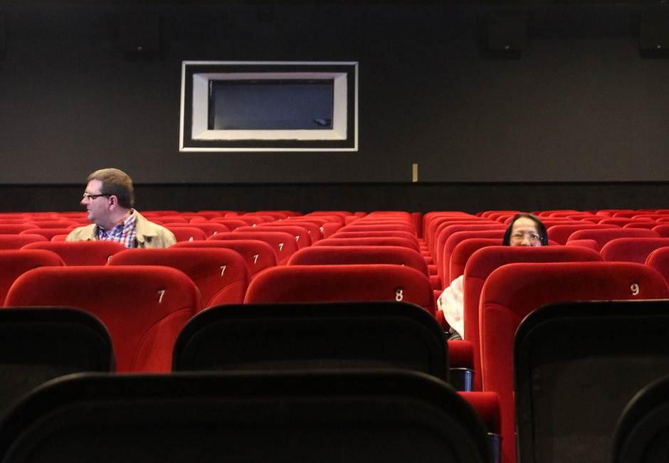 sinepleks bioskop, ušće, izgradnja
