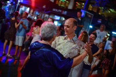 tango, tango fiesta, ples, plesači, plesanje