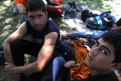 migranti, migranti u beogradu, štrajk glađu, migranti u parku