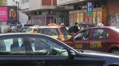taksi taksisti saobraćaj saobracaj centar gužva Podgorica