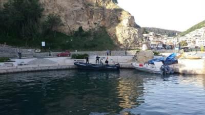 Ulcinj, čamci, gliseri