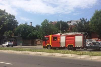 vatrogasci, požar, vatrogasni kamion