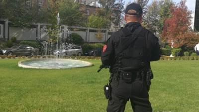 Albanija, Tirana, policija, albanski policajci