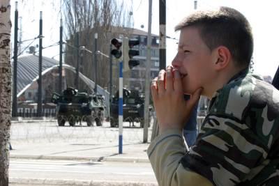 martovski nemiri, kosovska mitrovica, izbeglice, albanci, mart 2004