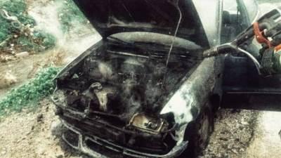 auto, zapaljeno auto, auto gori, požar, auto
