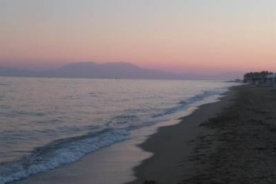 plaža nea flogita odmor pesak voda olimp turizam turisti grčka
