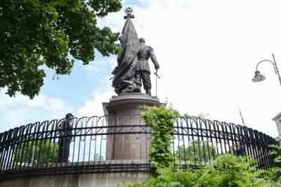 car nikolaj II, car nikolaj, spomenik, spomenik caru nikolaju