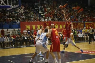 košarkaška reprezentacija crne gore, Nikola Ivanović
