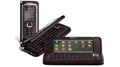 Samsung Galaxy F savitljivi telefon i Nokia Communicator E90