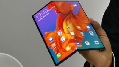 Huawei Mate X, MateX, Mate X, Huawei savitljivi telefon, Huawei Mate X MWC 2019
