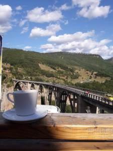 Most na Đurđevića Tari, vrijeme, sunčano