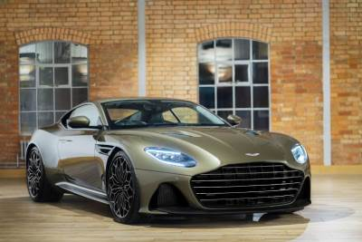 aston martin dbs superleggera, džejms bond
