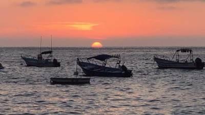 more, letovanje, odmor, čamac, zalazak sunca, sumrak, čamci, barka, barke, ribolov, ribari