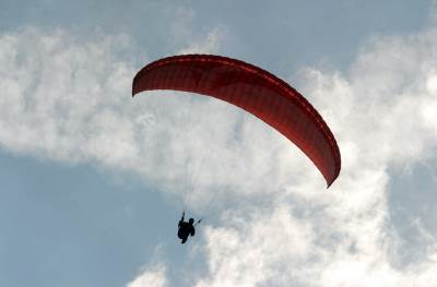 padobranac nebo vreme sunce proleće leto padobran paraglajder