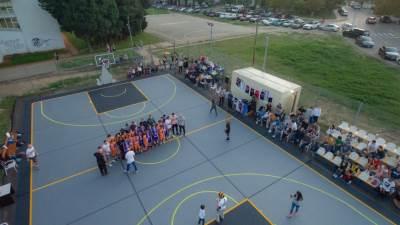 Otvoreni basket teren u Baru